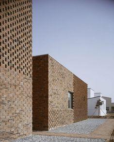 Modern Brick Home. Atelier Zhanglei, China.