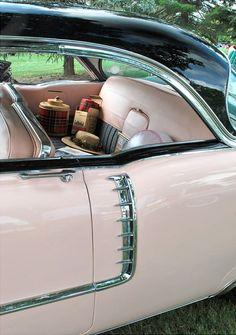 luxury sports cars Pink Vintage Car Ferrari vs Lamborghini vs Jet :) Which 1 would you choose Luxury Sports Cars, Sport Cars, Pink Love, Pretty In Pink, Pale Pink, Pink Black, Perfect Pink, Vintage Pink, Vintage Cars