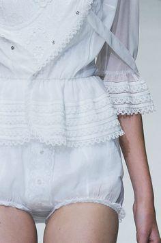 Lencería de novia // Boudoir  Bridal Lingerie: Precioso pijama de novia  #lencerianovia