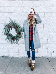 Best Outfit Ideas For Winter Holidays 06 Winter Outfits Women, Winter Fashion Outfits, Holiday Fashion, Autumn Winter Fashion, Winter Style, Holiday Style, Simple Casual Outfits, Cool Outfits, Casual Holiday Outfits