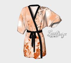 Robe kimono robe de chambre peignoir kimono par CreationLissaDesign Peignoir, Kimono Dress, Chiffon Fabric, Printing On Fabric, Dressing, Gowns, Stylish, Model, How To Wear