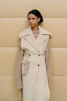 Nanushka Fall 2020 Ready-to-Wear Collection - Vogue Fashion Line, Fashion Week, Fashion 2020, Fashion Trends, Online Fashion, High Fashion, Iranian Women Fashion, Neutral Outfit, Winter Stil