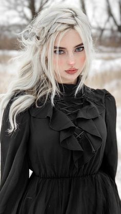 Edgy Outfits, Mode Outfits, Girl Outfits, Fashion Outfits, Pretty People, Beautiful People, Beautiful Girl Image, Grunge Hair, Gothic Girls