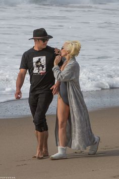 Lady Gaga and Taylor Kinney at the beach in Malibu, CA. Lady Gaga Pictures, Taylor Kinney, Beautiful Person, Beautiful People, Famous Couples, A Star Is Born, Celebrity Couples, Good Looking Men, Role Models