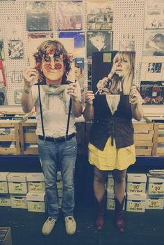 A boy who'll go to a Record Shop with me, is the boy I want :)