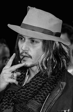A fansite celebrating the life and achievements of Johnny Depp Johnny Depp Fans, Young Johnny Depp, Here's Johnny, Johnny Depp Smoking, John Deep, Doja Cat, Most Beautiful Man, Beautiful Things, Cinema