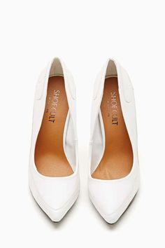 Shoe Cult Fated Pump in White