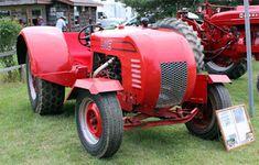 Fastrac Antique Tractor World: 2016