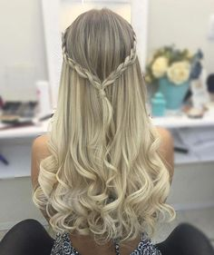 Yesterday's hair! I loved soooo! Thank you to all girls who Yesterday's hair! I loved soooo! Thank you to all girls who - Unique Long Hairstyles Ideas Dance Hairstyles, Homecoming Hairstyles, Pretty Hairstyles, Braided Hairstyles, Cute Down Hairstyles, Updo Hairstyle, Wedding Hairstyles, Curly Hair Styles, Simple Prom Hair