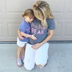 So in love with this sweet mommy, daughter and baby bump shot by @courtbrink! Mia girl is wearing her Peony Pink and Mother of Pearl @poppylaneandco bracelets to match their @lovedbyhannahandeli shirts! Congrats Court, Eric and Mia on your sweet new bundle of joy - James is darling! I love being a part of such special memories and moments! www.poppylaneandco.com #poppylaneandco