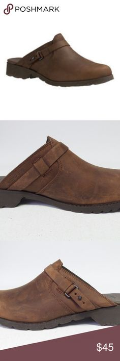 New Teva Women's De La Vina Mule Shoes - Size 7 - Item for sale is a pair of Women's Teva Mule.  Condition: New Item with wear. Product may have been used for display or sample purposes. See pictures. Size: 7  The De La Vina boot's eternal style and rich, waterproof leather in an easy-wearing mule cut that you'll want to slip into. Product Details: WP leather upper Pigskin footbed Canvas lining Rubber Outsole  IL: Phon1 Item: 196 Teva Shoes Mules & Clogs