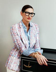 Jenna Lyons en blazer et chemise bleue