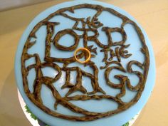 Lord of the Rings-I want this cake SOOOOOOOO bad :)