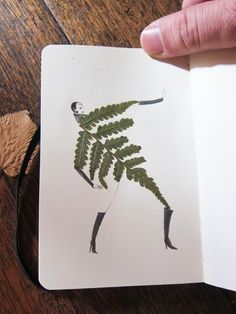 How to make a herbarium? Thousand Ideas for the Creative Amateur Botanist - Fashion And Hairstyle Flower Crafts, Flower Art, Fleurs Diy, Wine Down, Bullet Journal School, Plant Species, Vintage Diy, Mail Art, Diy Cards
