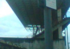Mau tempo danifica cobertura da bancada norte do estádio do Varzim
