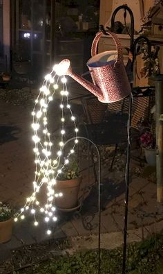 Find the Perfect Landscape Lighting Design for Your Backyard Garden Yard Ideas, Diy Garden Decor, Garden Projects, Garden Art, Backyard Ideas, Outdoor Garden Lighting, Landscape Lighting, Garden Lighting Ideas, Balcony Lighting