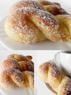 pães de leite condensado, rosca doce, rosquinha doce,