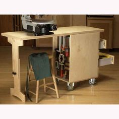 Woodworking Shop Shop Cart/Workbench Woodworking Plan from WOOD Magazine Woodworking Bench Plans, Workbench Plans, Woodworking Shop, Woodworking Crafts, Garage Workbench, Folding Workbench, Woodworking Classes, Woodworking Workshop, Workbench Organization