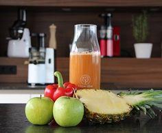 1 Ananas 300g Äpfel 2 Stk. Paprika Vorbereitung: Alle Zutaten gut waschen, vor allem wenn sie keine Bio-Produkte...