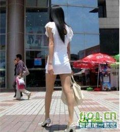 夏だ!うっとりする美しい女性の後ろ姿_中国網_日本語