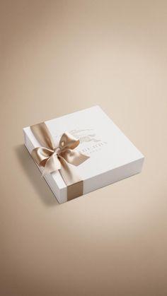 Burberry box