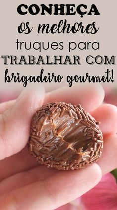 Saiba mais, aprenda a fazer brigadeiro gourmet e ganhar dinheiro. Gourmet Cooking, Gourmet Recipes, Sweet Recipes, Christmas Candy Crafts, Banoffee, Juicy Fruit, Diy Food, Yummy Cakes, Food Porn