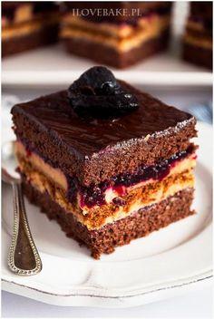 Ciasto kajmakowa porzeczka I Love Bake Yummy drinks Homemade Desserts, Healthy Dessert Recipes, Sweet Desserts, Sweet Recipes, Baking Recipes, Delicious Desserts, Cake Recipes, Yummy Drinks, Polish Cake Recipe