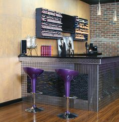 Instead of a color bar I would love to have a little cafe near the waiting area