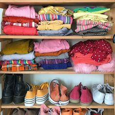 My dream closet 90s Fashion, Fashion Outfits, Color Fashion, The Baby Sitters Club, Estilo Grunge, Lara Jean, Looks Vintage, Thrifting, Girly
