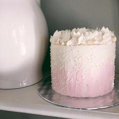 Soft Pink Six Layer Cake! I was in the mood for some cake on Sunday! I adore cake!! #cake #cakes #cakedecorating #cakedesign #cakeart #cakeporn #instapic #instayum #edibleart #food #foodporn #yahoofood #huffpostgram #feedfeed #baking #chocolate #indiana #igersindy #igersindiana #igersmidwest