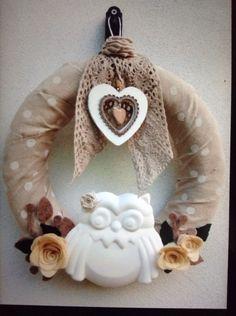 Ghirlanda decorata a mano con stoffa fiori e gufo in polvere di ceramica