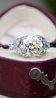 Floral Antique Engagement Ring 1.7 Carat Old Euro Diamond