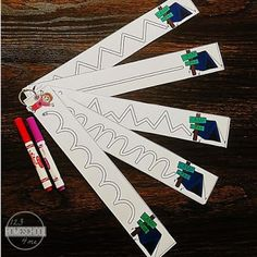 Kids will have fun strengthening fine motor skills as they learn to write with these FREE Camping Tracing Strips perfect for summer. Art Activities For Kids, Learning Activities, Preschool Activities, Preschool Boards, Preschool Art, Kindergarten Crafts, Kindergarten Writing, Tracing Worksheets, Preschool Worksheets