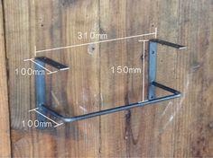 木枠屋オリジナル|アンティーク風のDIYパーツ|黒皮鉄 無塗装オイル仕上げのシンプルでおしゃれなアイアン 棚受け金具 ブラケット 安心の日本製 DIYから店舗用として幅広く活躍する人気のシリーズです。