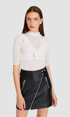 Biker skirt in Stradivarius for only £ available for a limited time. Skirts for women always on trend, come in and find out now! Mini Skirts, Women's Skirts, Biker, Ideias Fashion, Fall Winter, Clothes, Shopping, Xmas Presents, United Kingdom
