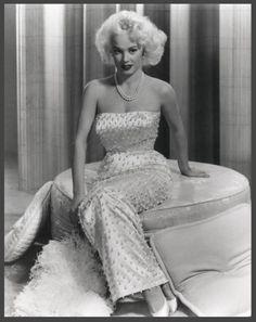 Mamie Van DOREN '50 (6 Février 1931)