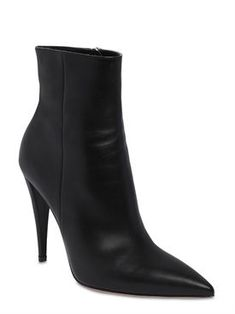 Discover women's top designer clothing, shoes and bags on LUISAVIAROMA. Boots Women, Fall Winter, High Heels, Footwear, Women's Boots, Shopping, Shoes, Free, Fashion