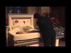 Robin Williams Funeral Service - Open Casket HD