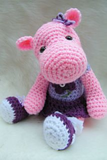 """Make this cute hippo using basic crochet stitches, worsted weight yarn and size G hook. Pattern includes detailed written instructions (in English),material list, photos and helpful notes and tips to complete. Finished size approx. 11"""""""