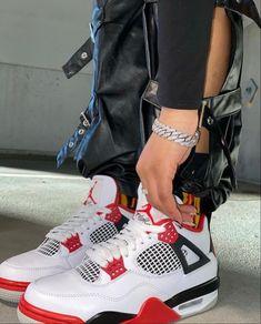 Teen Girl Shoes, Jordan Shoes Girls, Sneakers Fashion, Shoes Sneakers, Jordans Sneakers, Air Jordans, Cute Nike Shoes, Nike Shoes Air Force, Swag Shoes