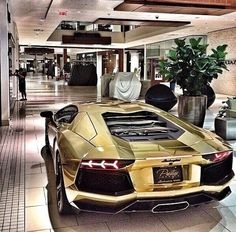 Luxury lifestyle!! | #gold #Lamborghini #aventedor - https://www.luxury.guugles.com/luxury-lifestyle-gold-lamborghini-aventedor/