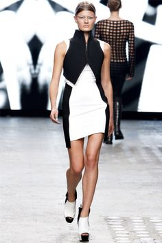 Gareth Pugh Spring 2012 | Paris Fashion Week