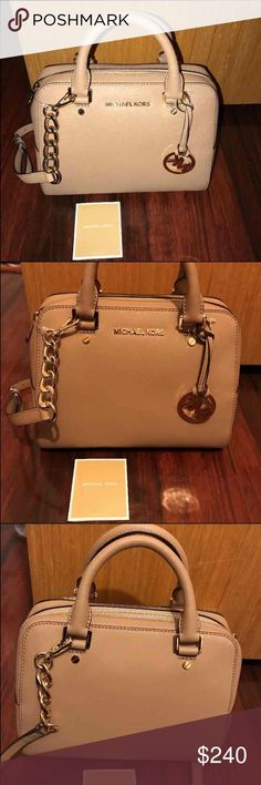 MICHAEL KORS JET SET TRAVEL CAMEL TOTE PURSE NWT Michael Kors Bags Crossbody Bags