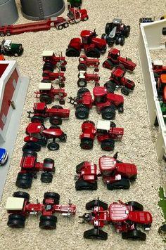 Foyers, John Deere Toys, Farm Images, Case Tractors, Classic Tractor, Toy Display, Farm Toys, Mini Farm, Case Ih