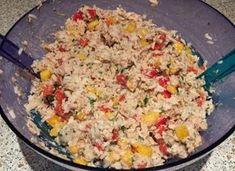 In diesen Salat könnten wir uns alle reinsetzen, aber aufessen ist uns dann doch lieber. Zutaten: 200 g Reis 2 rote Paprika 2 gelbe Paprika 400 g Thunfisch (in Öl)…