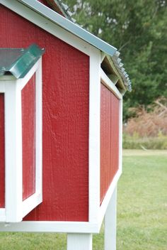 Free Plans for an Awesome Chicken Coop - The Home Depot Chicken Coop Building Plans, Chicken Coop Plans Free, Easy Chicken Coop, Portable Chicken Coop, Chicken Coop Designs, Backyard Chicken Coops, Chickens Backyard, Keeping Chickens, Free Plans