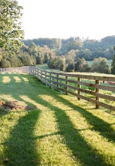Board fence is the singular most evocative thing about a farm for me. Board fence is t Country Fences, Country Farm, Country Life, Country Living, Country Roads, Living On A Farm, Rustic Fence, Living Fence, The Farm
