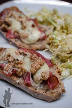 Christmas Recipes 82968 Tartine smoked ham, Roquefort cheese and walnuts - 20 recipes of savory toast - 30 recipes of salty toast Antipasto, Bruchetta Recipe, Smoking Recipes, Smoked Ham, Peanut Butter Recipes, My Best Recipe, Roast Recipes, Easy Healthy Breakfast, Clean Eating Snacks