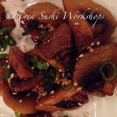 Tapas: Grilled garlic mushrooms by Crea Sushi Workshops