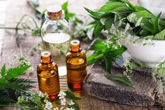 Natural Remedies for Psoriasis.What is Psoriasis? Causes and Some Natural Remedies For Psoriasis.Natural Remedies for Psoriasis - All You Need to Know Oils For Dandruff, Antibacterial Essential Oils, Home Remedies For Skin, Natural Remedies, Endocannabinoid System, Patchouli Oil, Best Essential Oils, Pure Essential, Oil Benefits